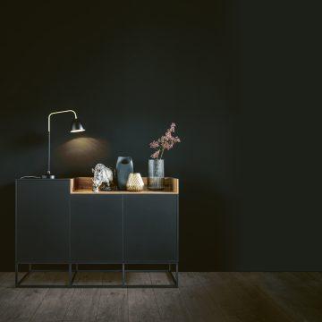 Anrichte mit Metallgestell, Küchenmöbel für den Wohnbereich