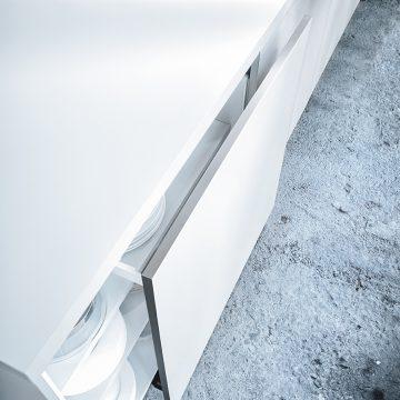 Einbauküche weiß Next125, Detaillösung mit Schiebetüre